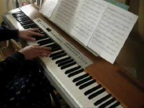 hikari - Click Me---http://goo.gl/3qLdMN http://kylelandry.com This was my arrangement for HIkari Solo Piano back in 06, originally premiered on my old account, kyle5...
