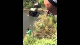 Mahindra JEEP struggles in pond