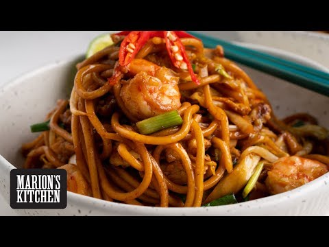 Indonesian Mee Goreng Noodles - Marion's Kitchen
