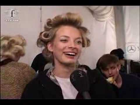 twiggywent - model julia dunstall being interviewed at lacoste fw 07.