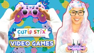 """Watch Trixie show you how to deck out your gaming world!Gaming with Cutie Stix  Official Cutie StixFrom the makers of Orbeez and Pom Pom WowThe official YouTube channel of Cutie Stix""""Continuous Cuts, Countless Creations! Seriously Cute!""""1) Cut the stix to create beads. Use the CORING UNIT to core the beads.2) Create necklaces, bracelets, and more by using the threader.3) Show off your finished jewelry design. Be your own designer!From the makers of Orbeez and Pom Pom Wow by Maya ToysSUBSCRIBE:https://www.youtube.com/channel/UCHx4Hfo0-MpUEPRTflJjWLw?sub_confirmation=1Maya Toys 2016http://www.CutieStix.com"""