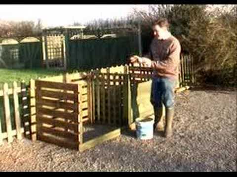 Hoggywart - Wherever possible I think it's a good idea to make your own garden compost. It not only saves you having to dispose of garden waste at the local tip, the com...