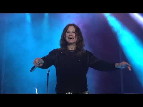 Ozzy Osbourne - Mama I39m Coming Home  Paranoid ROCK USA 2017 Oshkosh Wisconsin