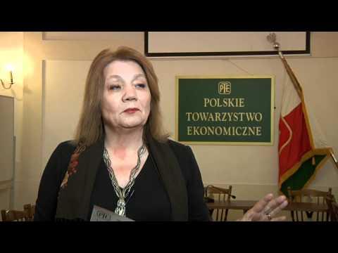 Prof. Elżbieta Mączyńska: Wciąż zielona wyspa