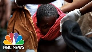 Haunting Photos Of Ebola-Stricken Slum | NBC News