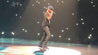 Drake brings out Travis Scott in Houston - Aubrey & The Three Migos Tour ( Toyota Center )