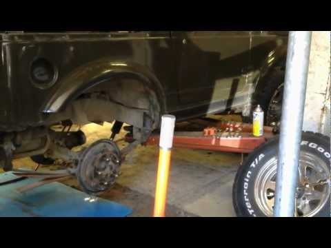 Suzuki Samurai Lift Kit (видео)