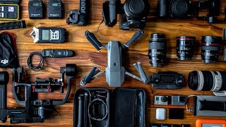 What's in my CAMERA BAG?!