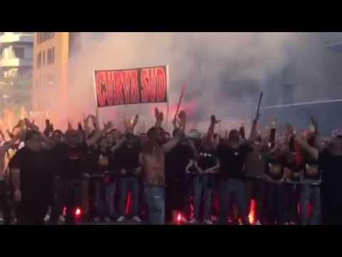 Corteo curva Sud Milan per le vie di Roma