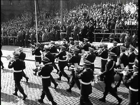 Germans In NATO Parade (1959)