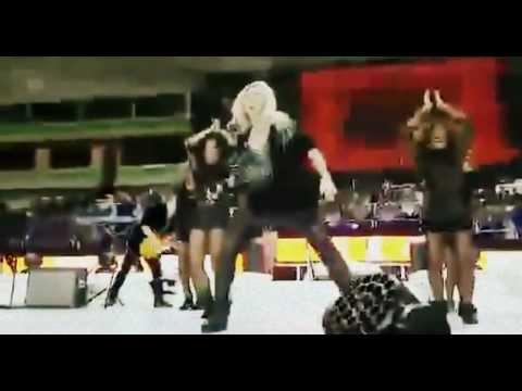Shakira Debuts Baby Bump with FIFA U-17 Performance – Video