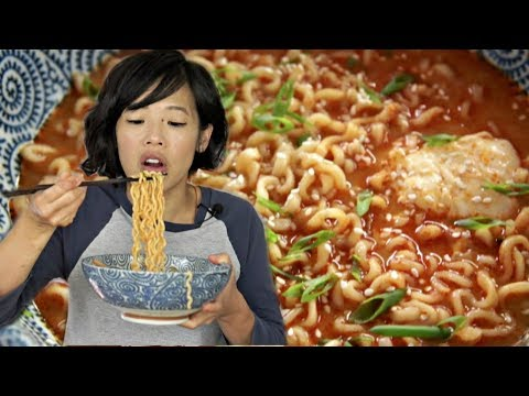 The PERFECT INSTANT RAMEN Recipe? - Roy Choi's Favorite