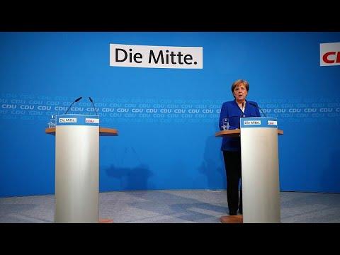 Συμβιβασμός Μέρκελ- Ζεεχόφερ για να μην καταρρεύσει η κυβέρνηση…