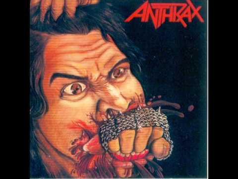 Tekst piosenki Anthrax - I'm eighteen po polsku