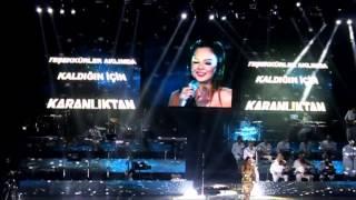 Ebru Gündeş - Beyaz - Harbiye Açık Hava Konseri 2013