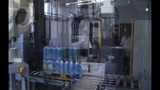 Test paletyzera plastikowych kanistrów