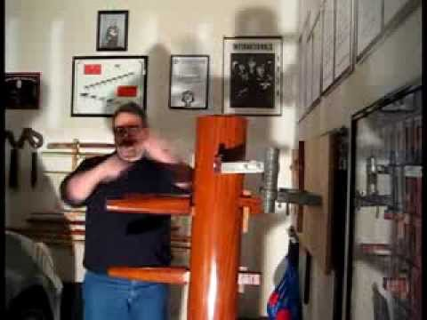 Martin Seck – Wooden Dummy – working an American Kenpo technique