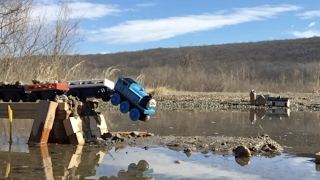 Video Of course I'll use Thomas: Slow Motion Crash Test (Thomas & Friends) MP3, 3GP, MP4, WEBM, AVI, FLV Juni 2019