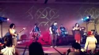 Delhi 2 Dublin at Faeriecon 2011, Baltimore (1)