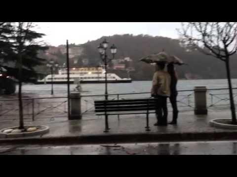 Laveno, lago in piazza