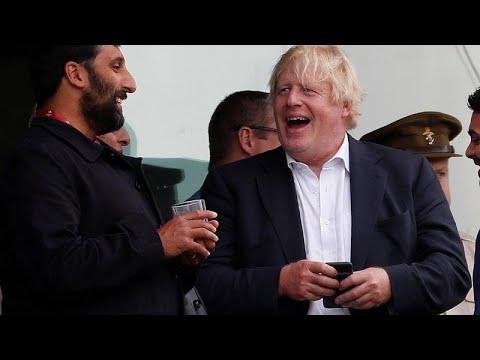 Τζόνσον: Χαρακτήρισε «γιλέκο αυτοκτονίας» το σχέδιο για το Brexit…