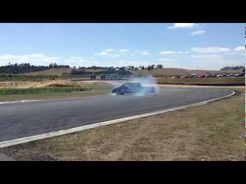 D1NZ drift ute spin out