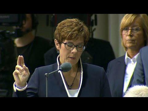 Γερμανία: Ορκίστηκε η νέα υπουργός Άμυνας