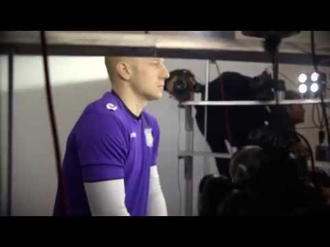 villa - See exclusive footage of Villa Park new player faces in EA SPORTS FIFA15! Pre-order FIFA 15 now: http://o.ea.com/25398 See the Barclays Premier League in FIFA 15: http://o.ea.com/25395.