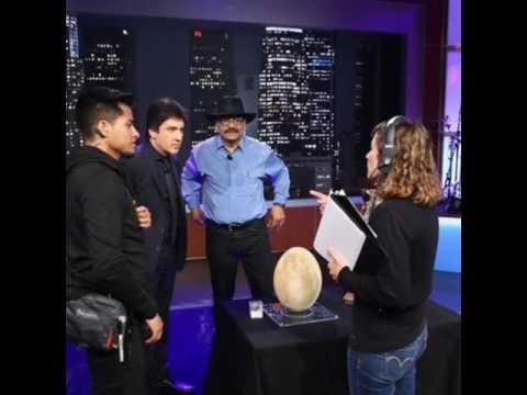 Dante Night Show Recibe a El Lustrador René Corado
