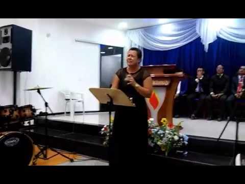 Makeline cantora em ipiau-ba