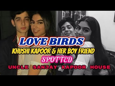 Sridevi Daughter Khushi Kapoor & Her Boy Friend Spotted Sanjay Kapoor House