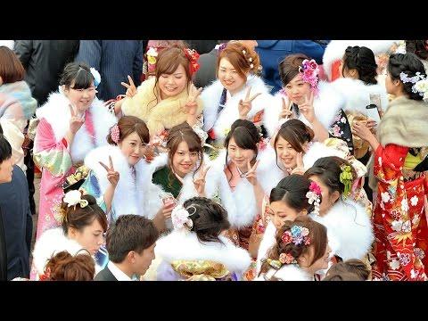 阪神・淡路大震災後生まれの新成人が神戸で成人式