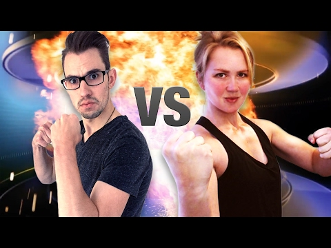 CrossFit Girl Arm Wrestles Scrawny Man! (@Courtneyscoffs vs @NotGayJared) (видео)
