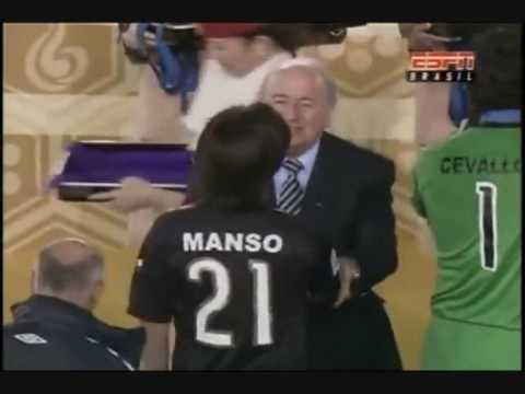 Premiación de Manso en el Mundial de Clubes
