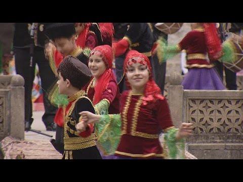 Σέκι: Η πολιτιστική πρωτεύουσα των τουρκόφωνων – le mag