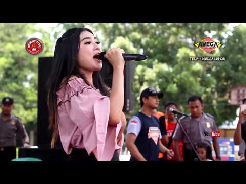 Video NELLA KHARISMA - CERITA ANAK JALANAN - OM LAGISTA LIVE SMAN 1 NGLAMES MADIUN download in MP3, 3GP, MP4, WEBM, AVI, FLV January 2017