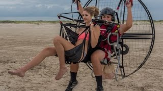 Video Paramotor Tandem For Kisses!!! Powered Paragliding Hottest Girls With 16 Year Old SUPER Trevor!! MP3, 3GP, MP4, WEBM, AVI, FLV Mei 2018