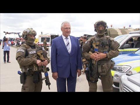 Übung im Innern mit der Bundeswehr bei Anti-Terrore ...