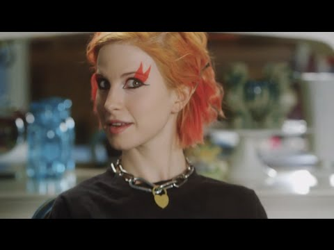 Download POPULAR TV PRESENTS: HAYLEY WILLIAMS IN KISS OFF - EPISODE 1 HD Mp4 3GP Video and MP3