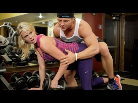 Video DON'T BE THAT GIRL AT THE GYM download in MP3, 3GP, MP4, WEBM, AVI, FLV January 2017