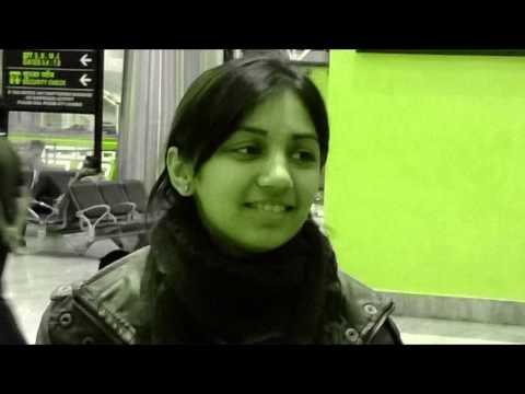 Bahon Mein Chale Aao (Anamika)- Karaoke Cover by: Nikita Daharwal
