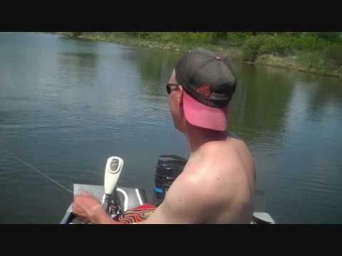 Fishing and Bowfishing on Lake Washington Minnesota