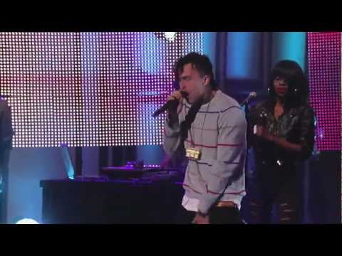 Yelawolf Performs Lets Roll