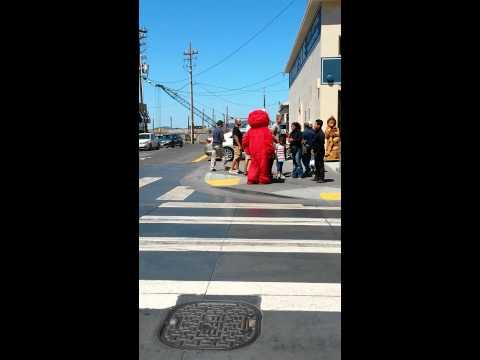 Crackhead Elmo wants his hundred dollars