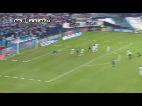Racing - Atlético Tucumán / Gol de Bou