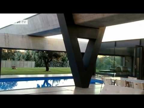 Betonhaus des spanischen Architekten Antón Garciá-A ...