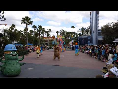 Video Disney Pixar Pals Countdown to Fun Parade in HD download in MP3, 3GP, MP4, WEBM, AVI, FLV January 2017