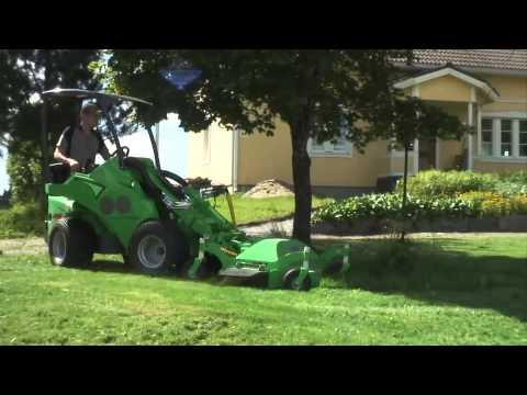 Работа газонокосилки