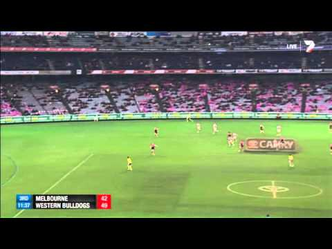 Dog Jones in trouble for high hit – AFL