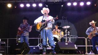 Daryle Singletary - I Let Her Lie - In Concert